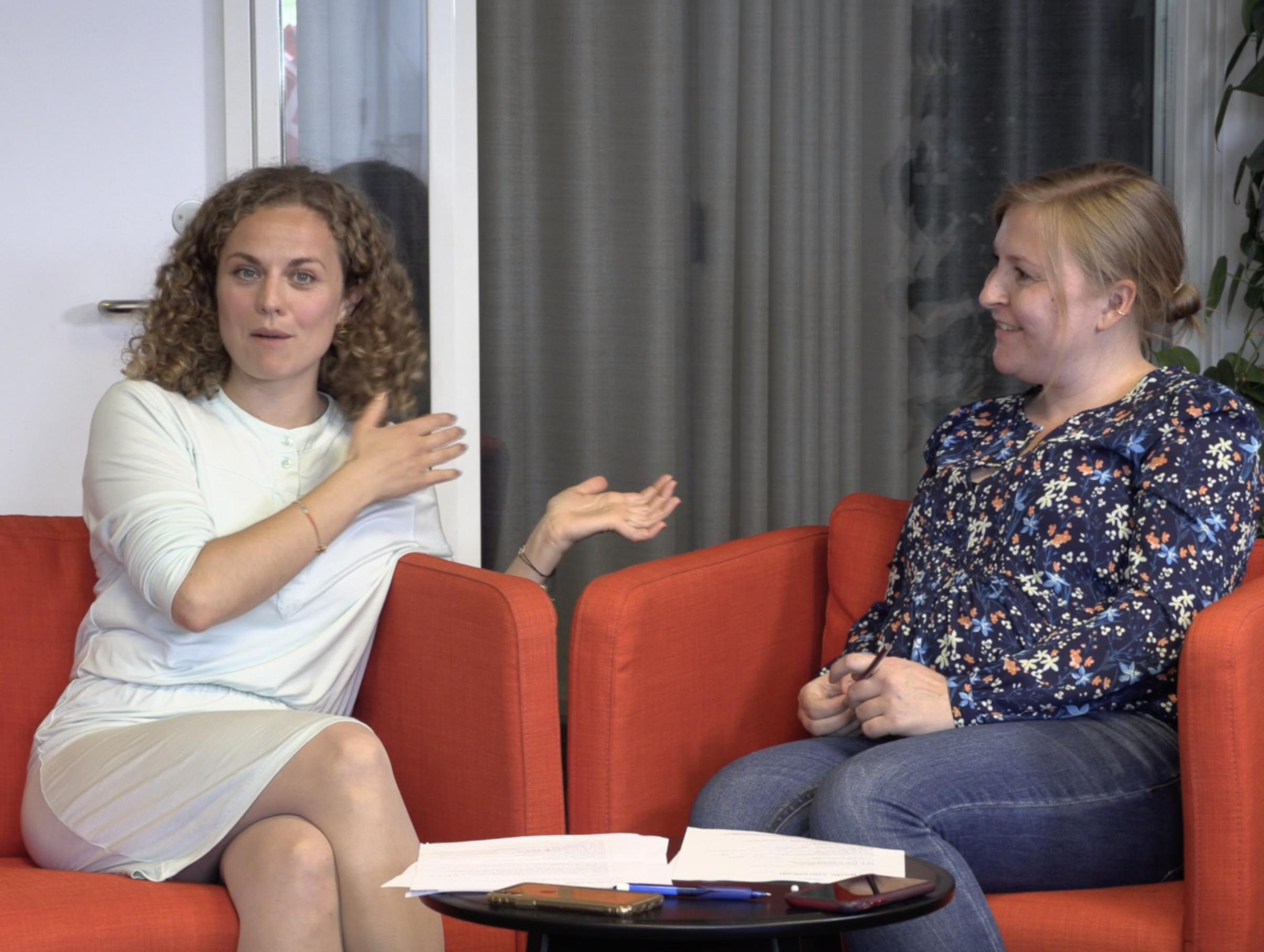 Livestreaming af webinar med journalist Sarah Skrivergaard